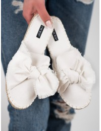 Baltos spalvos stilingos šlepetės - 8433-41W