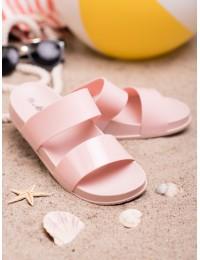 Rožinės guminės šlepetės