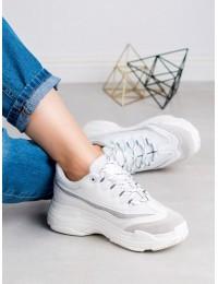 Madingi baltos spalvos batai