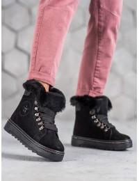 Juodi suvarstomi batai su kailiu