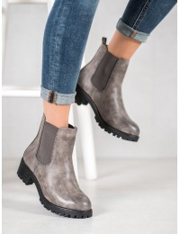 Stilingi patogiai ir greitai įmaunami batai su platforma - Z105G
