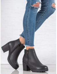Klasikinio stiliaus juodi žieminiai šilti batai - S1825-1B