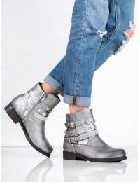 Sidabro spalvos išskirtiniai batai
