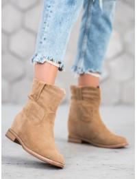 Rusvos spalvos stilingi batai - NC952BE