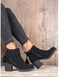 Madingi juodos spalvos batai neslystančiu padu - OM5313B
