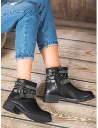 Madingi juodi batai dekoruoti metalinėmis stilingomis detalėmis - 7365B
