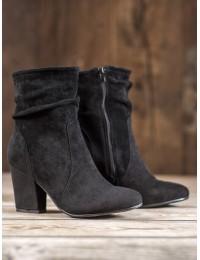 Juodi madingi zomšiniai batai paaukštintu aulu - DX1907B