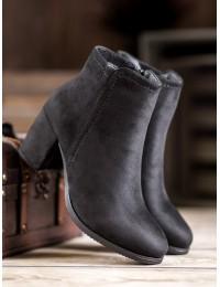 Juodi stilingi batai - 8B809B