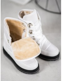 Balti lengvi žieminiai batai\n - S433W