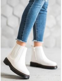 Baltos spalvos batai tampriais šonais - DJH02W