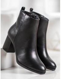 Klasikiniai juodi batai su pašiltinimu - Q319B