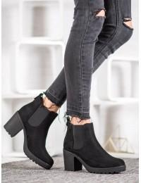 Juodi stilingi zomšiniai batai  - TORI9B