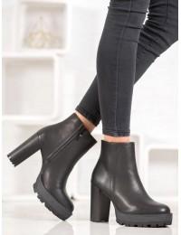 Stilingi juodi batai su platforma ir kulnu - OM300B