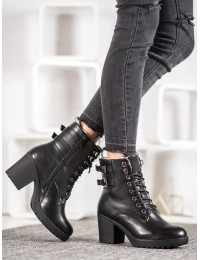 Juodi stilingi odiniai batai su avikailiu - A8070B