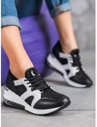 Juodi stilingi sportinio stiliaus batai - AB5716B