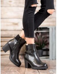 Juodi klasikinio stiliaus batai - A8112B