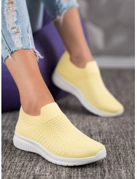 Švelniai geltonos spalvos elastingi lengvi patogūs bateliai - BB73Y