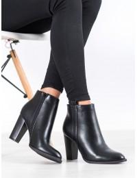 Juodos spalvos elegantiški klasikinio stiliaus batai su kulnu - UK08B