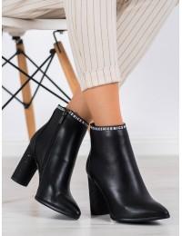 """Originalaus dizaino stilingi batai su kulnu """"NICE"""" - DBT1547/20B"""