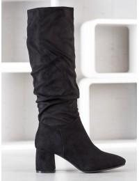 Elegantiški visuomet stilingi juodi klasikinio stiliaus ilgaauliai patogiu žemu kulnu - J19-63B