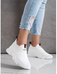 Balti stilingi ir patogūs laisvalaikio stiliaus bateliai\n - FF-11W