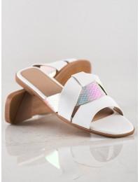 Stilingo dizaino baltos šlepetės - 7-2031W