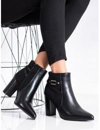 Elegantiški juodi batai su pašiltinimu - E9306B