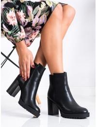 Klasikinio stiliaus juodi elegantiški batai - CH19153B
