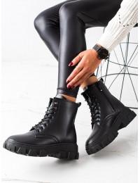Klasikiniai stilingi juodi aulinukai su pašiltinimu - F663B