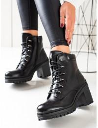 Juodi stilingi batai su raišteliais - DBT3051B
